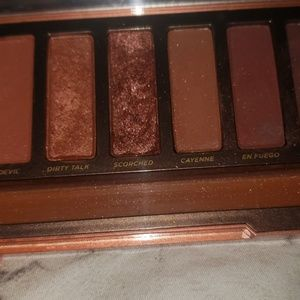 Urban Decay Naked Heat pallet